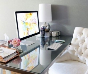 Feng Shui and the Art of an Organized Desk