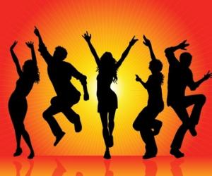 Part 2: Lighten Up, Brighten Up, Tighten up - Clutter Out! The Drink Move Dance Edition
